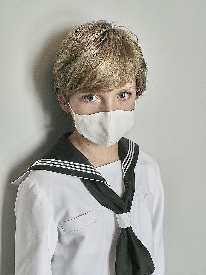 Tendencias 2021 con mascarilla ceremonia niño Nanos